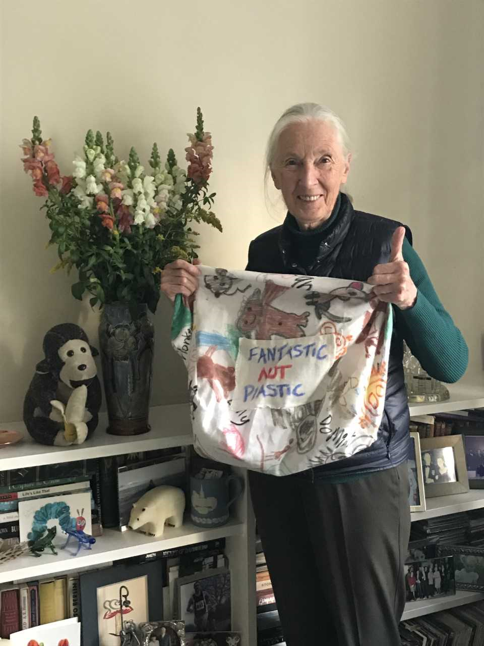 "Dr Jane Goodall with her ""Fantastic Not Plastic"" cloth bag"