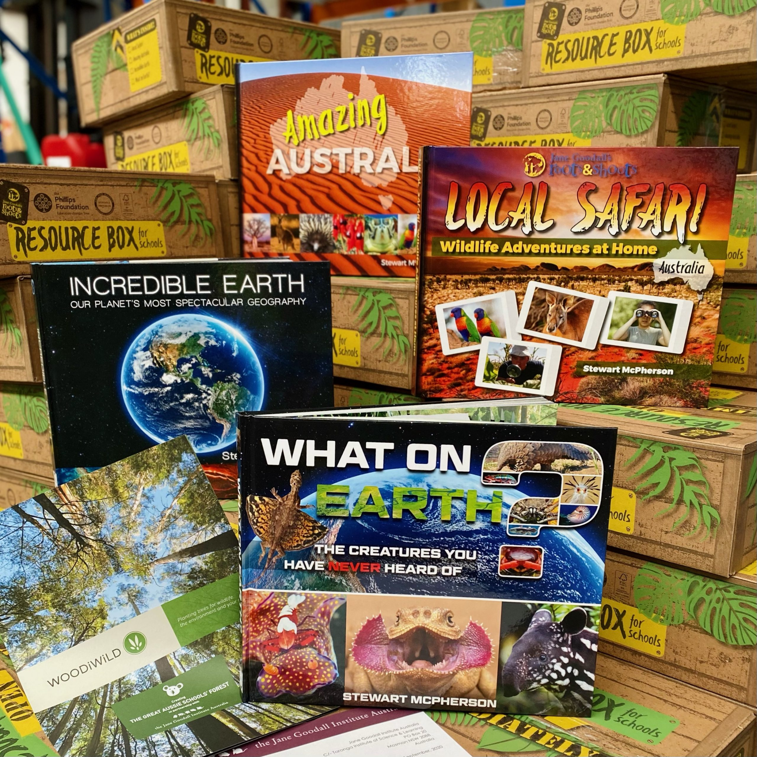 The contents of the 2021 Roots & Shoots Australia Resource Box for Schools